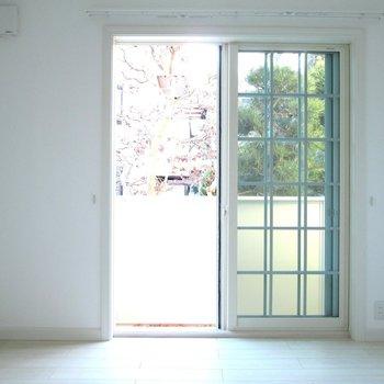 可愛い窓のお部屋♫