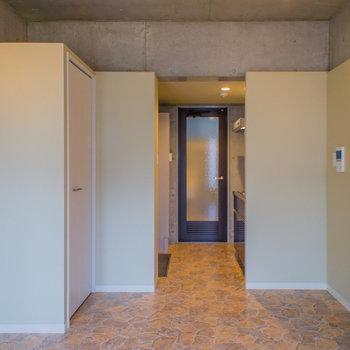 縦長のお部屋。※写真は3階の同間取り別部屋のものです。