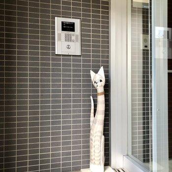 オートロックと猫。