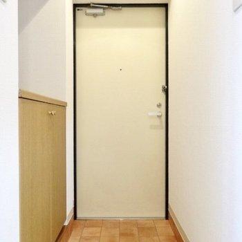 玄関の可愛いタイルがリノベらしい♡