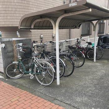 居住者専用の自転車置き場です。