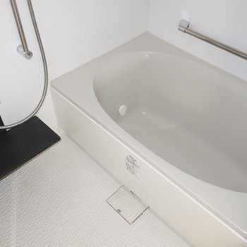 浴室には乾燥機もついていますよ!