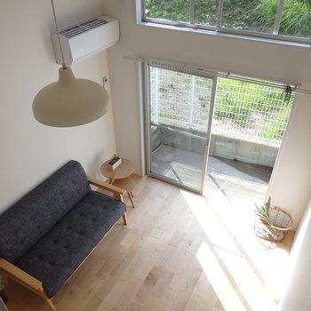 ロフトのお部屋って、この上からの眺めが好きなんだ〜