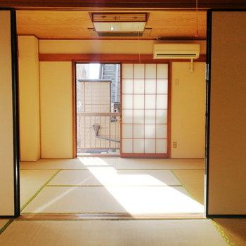 【2階部分】暖かい日差し。ぽかぽか気持ちいいです。