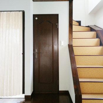 【1階部分】さて、2階へ行きましょう。
