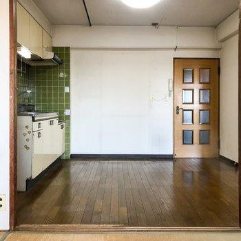 【工事前】キッチンも対面式に生まれ変わりますよ