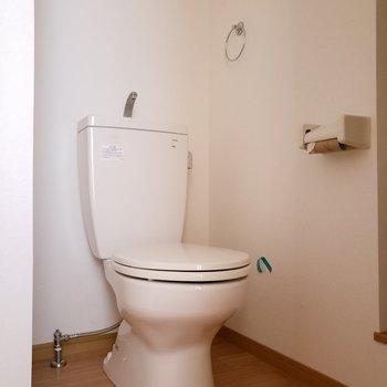 オープンタイプのサニタリールームはなんとなくカッコイイんだ〜♬(※写真は通電前・清掃前のものです)