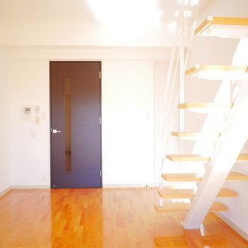 この階段のおかげで広く感じますよ!(※写真と文章は前回募集時のものです)