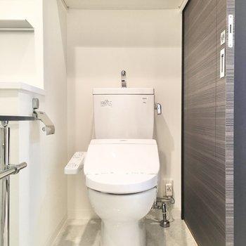 トイレは脱衣所と兼用です。