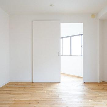 アーチの入り口が特徴的なお部屋♪※写真は前回施工した2階のお部屋のもの
