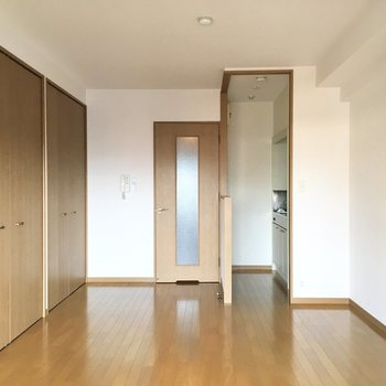 約8帖のお部屋は細長く広さ感じました