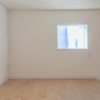 窓が2つ付いてるから明るいの※写真は前回募集時のものです。