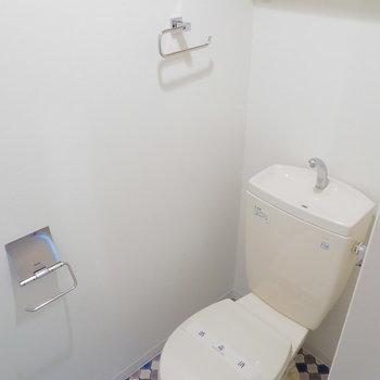 トイレはおしゃれなクッションフロアに