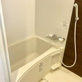 お風呂もシンプルで。