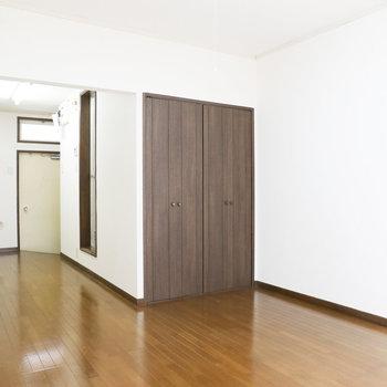 キレイなお部屋!広さもあるのでインテリアどうしよう!