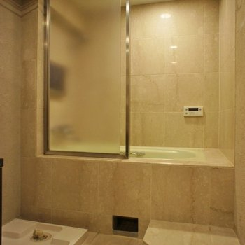 海外のホテルの様なバスルーム!