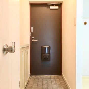 玄関は広々サイズ!