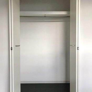 衣類や布団も十分に入りそうです。※照明未設置での撮影です※写真は3階の同間取り別部屋のものです