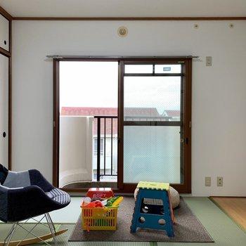 【和室】子供部屋としてもよさそう。※写真は3階の同間取り別部屋のものです