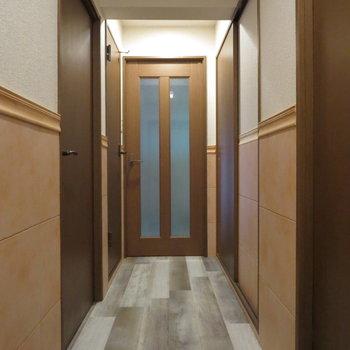 玄関からの眺め、こちらも同じデザインでかわいい