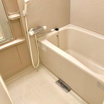 浴槽が結構広い!