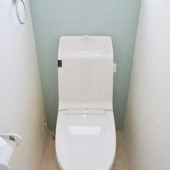 トイレは2つ!明るくていい◎