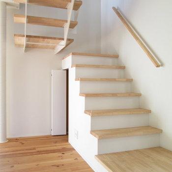 2階へ行きましょ〜
