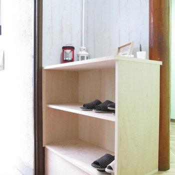 シューズボックスも適度な大きさとなっています。※家具はモデルルームとなっています
