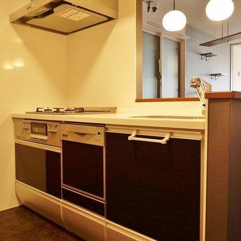 大きめのキッチン♪※写真は同タイプの別室