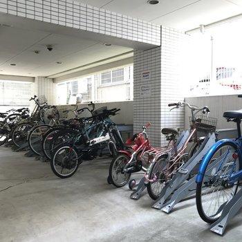 もちろん自転車置き場もありますよ。