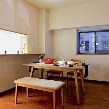 【LDK】テーブルではなくキッチンカウンターを活かすのも良さそう。