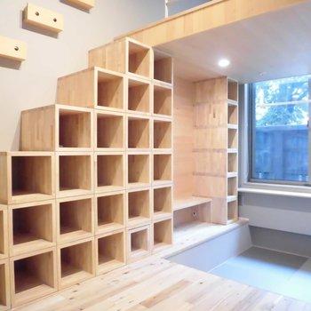 お気に入りはこの本棚を積んだ棚です。※写真は前回募集時のものです