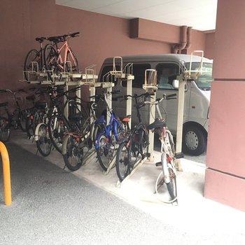 自転車置き場もきちんとありますよ