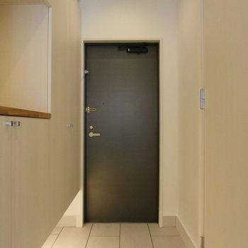 早く帰りたくなるようなあたたかみのある玄関※写真は前回募集時のものです。