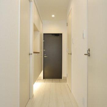 廊下も明るくてキレイ※写真は前回募集時のものです。