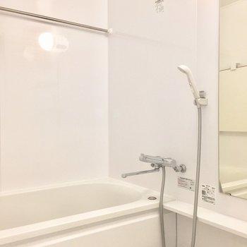 お風呂には洗濯物も干せます。※写真は前回募集時のものです