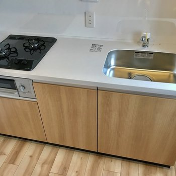 キッチン設備もスペースも申し分なし