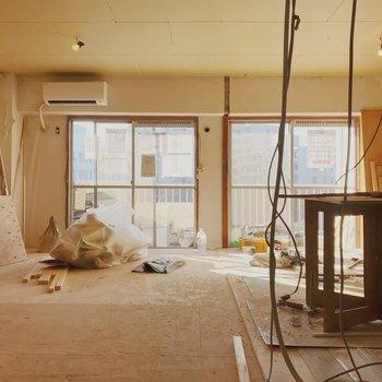 【工事中】2部屋だったのを大きなリビングに改造中です!