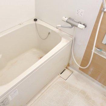 浴室もやっぱり広い!(※写真は清掃前のものです)