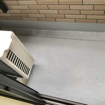 ベランダも少し狭い。洋室乾燥で対応しましょう
