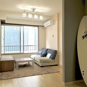 【LDK】こんな風にボードを置いちゃったりも◯※写真は2階の反転間取り別部屋のものです