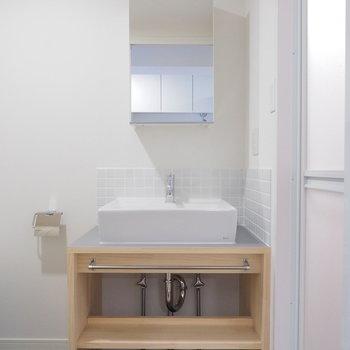 オリジナル洗面台も新設♪