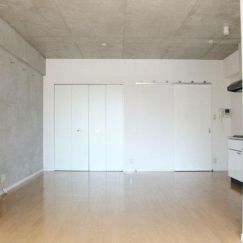 13帖!広いです!※写真は2階の反転間取り別部屋のものです。