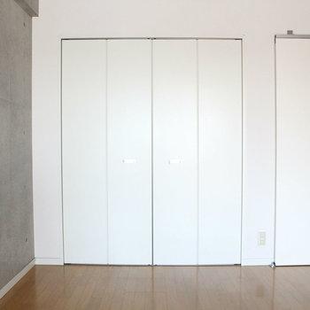 クローゼットもちゃんとある ※写真は2階の反転間取り別部屋のものです。