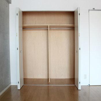 T字で仕分けましょう ※写真は2階の反転間取り別部屋のものです。
