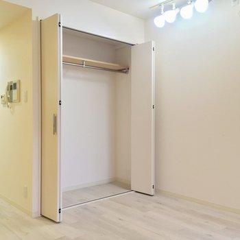 荷物少なめな方ならいけそう?※写真は2階の同間取り別部屋のものです