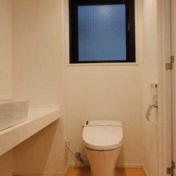 ここにもトイレ。