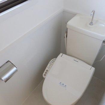 トイレはしっかりウォシュレット!