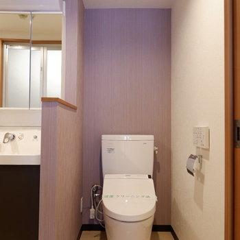 トイレは程よく区切られています。※写真は前回募集時のものです