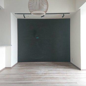 本棚を置いて、かっこよく。※写真は通電前のものです※写真は12階の同間取り別部屋のものです。